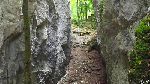 Rando chateaux & grotte du nain
