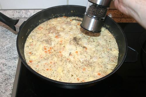 46 - Mit Pfeffer & Salz würzen / Season with pepper & salt