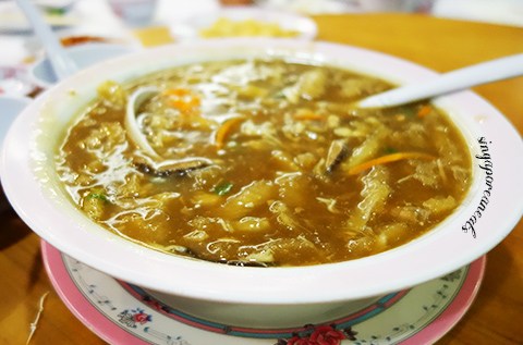 06 Beng Hiang - Fish Maw soup