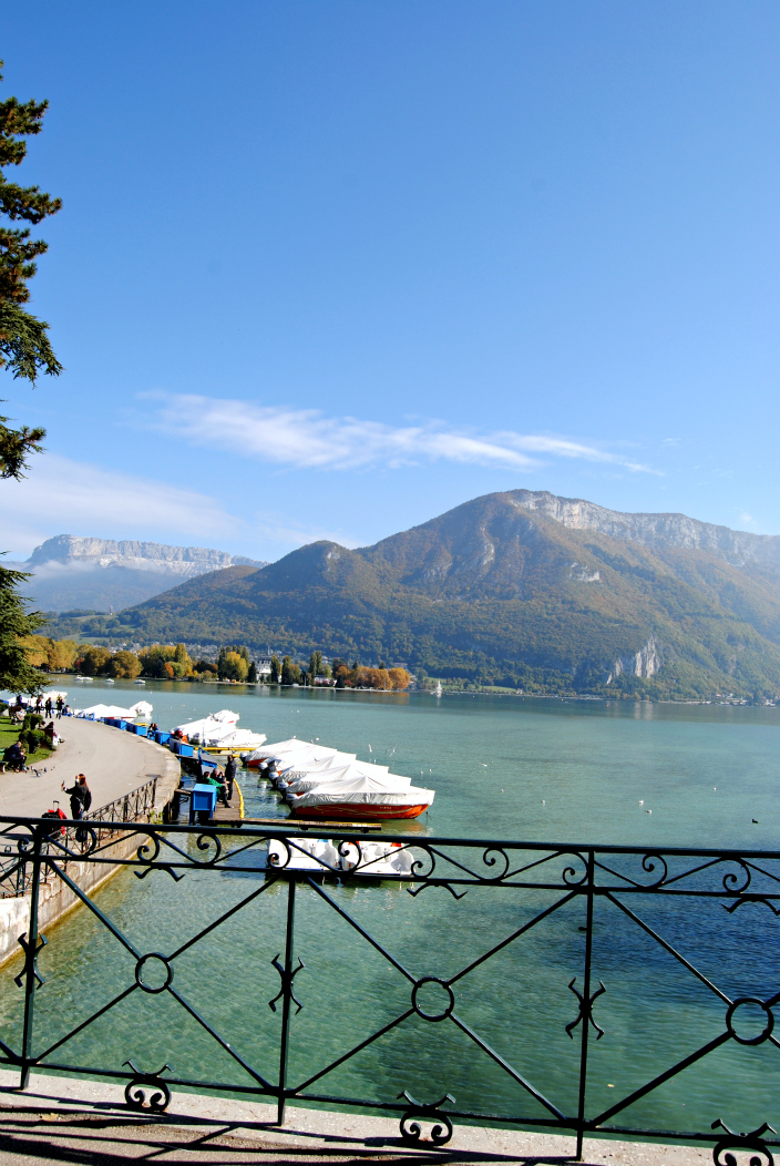 Annecy, France_Go travel (02)