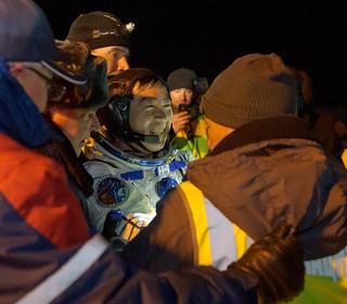 Expedition 45 Soyuz TMA-17M Landing (NHQ201512110006)