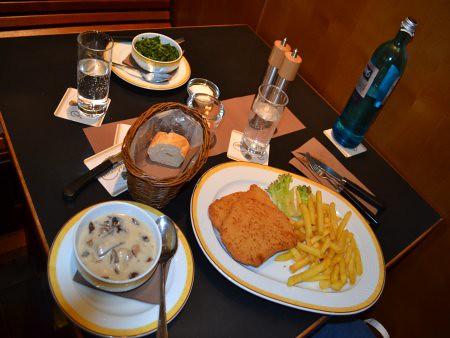 Maredo 2 Restaurante bune in Berlin