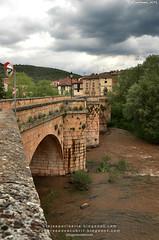 Puente de Covarrubias (Burgos, España)