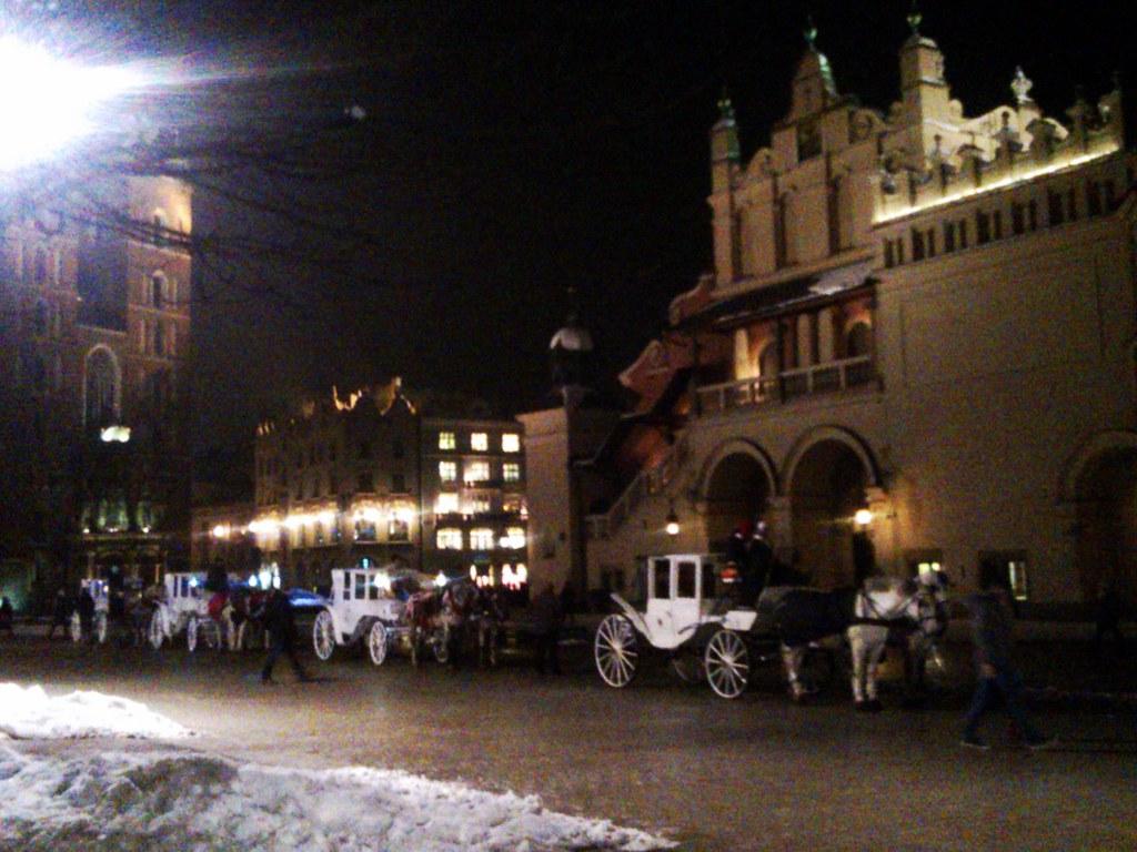 Carrozze Bianche a Cracovia - Clicca per visualizzare l'intera galleria!