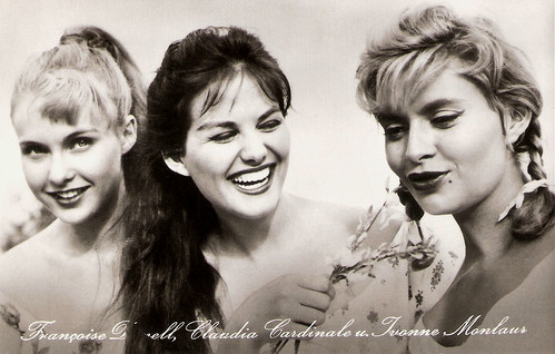 Claudia Cardinale, Yvonne Monlaur and Francoise Darnell in Tre straniere a Roma (1958)