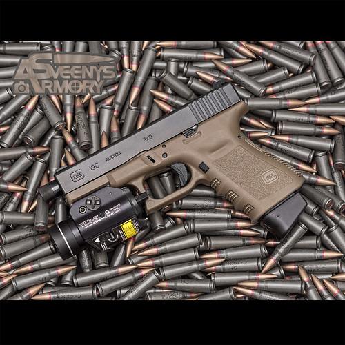 Glock 19C Streamlight