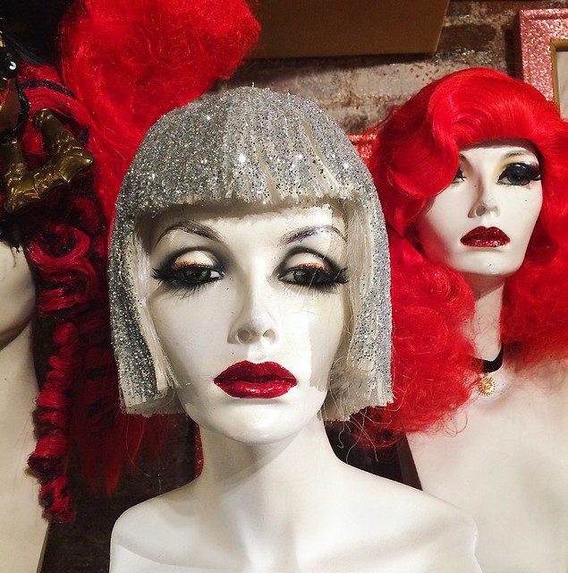 the glitter wig