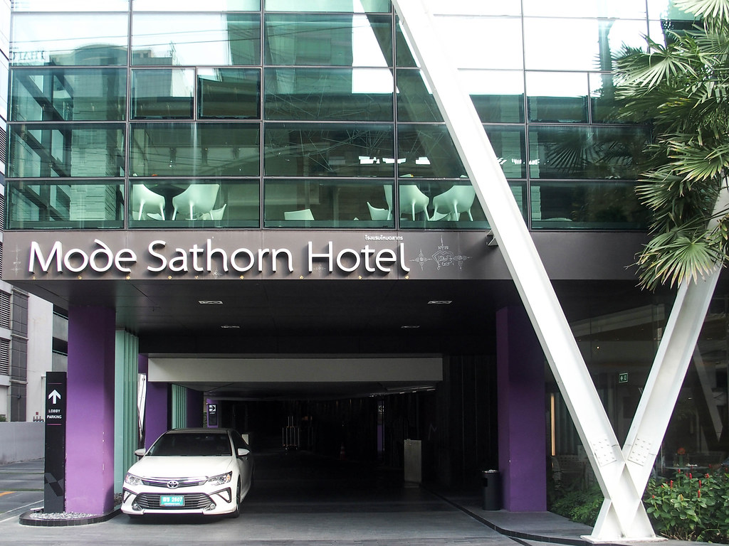 mode sathorn bangkok