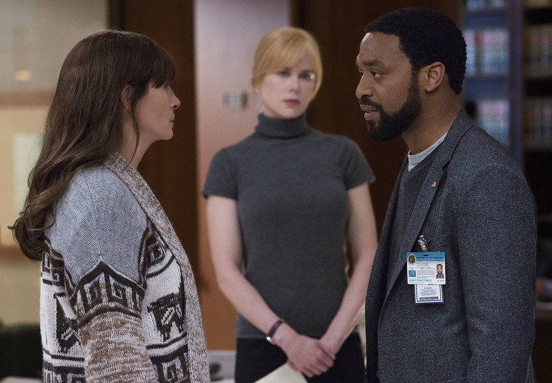 Julia Roberts, Nicole Kidman and Chiwetel Ejiofor nurture their own obsessions in SECRET IN THEIR EYES.