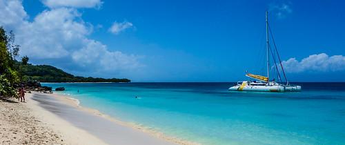 ocean mer seascape france colors tom landscape island boat dom sony ile catamaran caribbean paysage plage reve caraibe domtom rx100 guageloupe