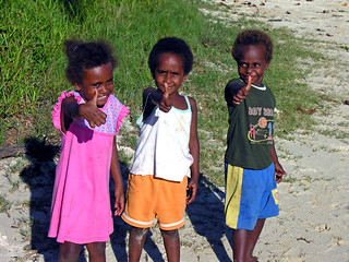 Photo:Children of Erakor, Efate, Vanuatu, 2 June 2006 By:PhillipC