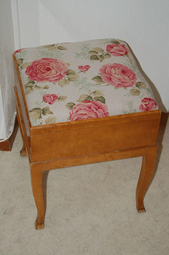 Sewing stool
