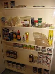 room(1.0), refrigerator(1.0), interior design(1.0), pantry(1.0),