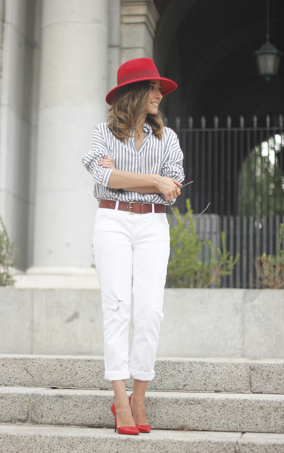 Red Hat Red Shoes White Jeans14