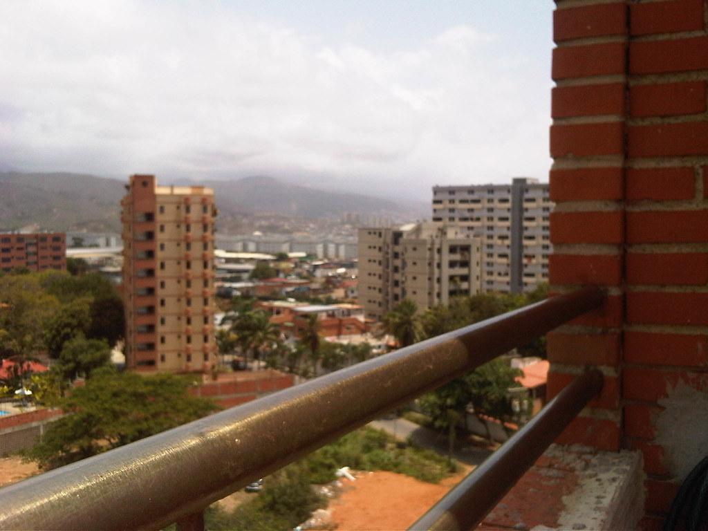 catia la mar men Catia la mar is a city in the state of vargasthe beaches west of the caracas airport beginning with catia la mar have never been as popular or well maintained as those to.