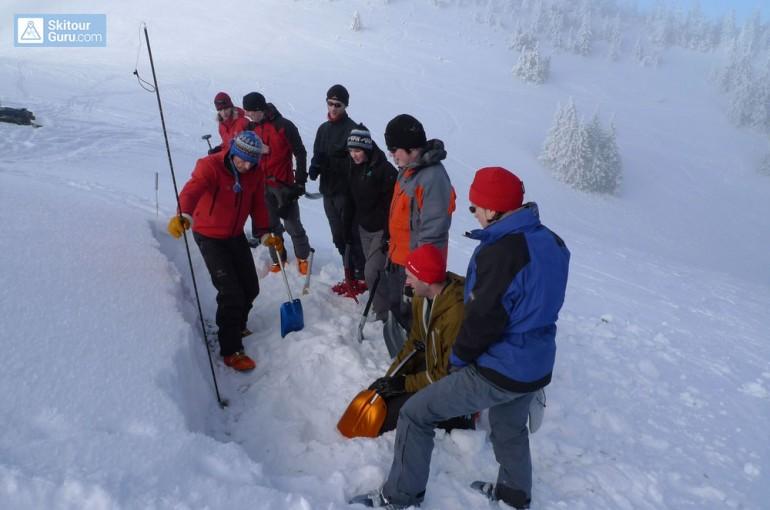 Testování stability sněhové pokrývky