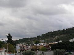 Άλλαξε για λίγο σήμερα το σκηνικό του καιρού στη Ψίνθο