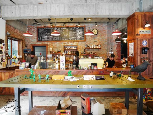 台北小巨蛋站不限時咖啡館餐廳小破爛咖啡CAFE JUNKIES (3)