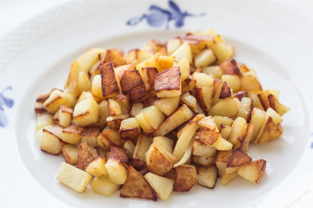Opskrift på Råstegte kartofler