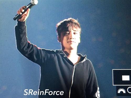 BIGBANG Fukuoka Day 1 ENCORES 2016-12-09 (93)