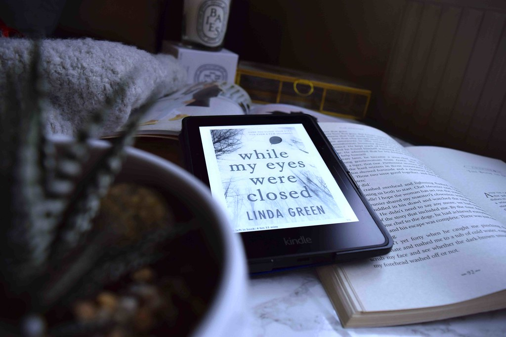 Book Review of Linda Green's While My Eyes Were Closed