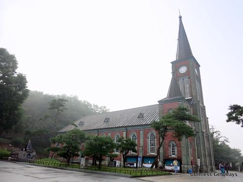 gamgok-cathedral.jpg
