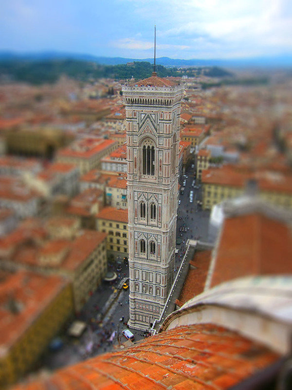 Campanile tiltshifted