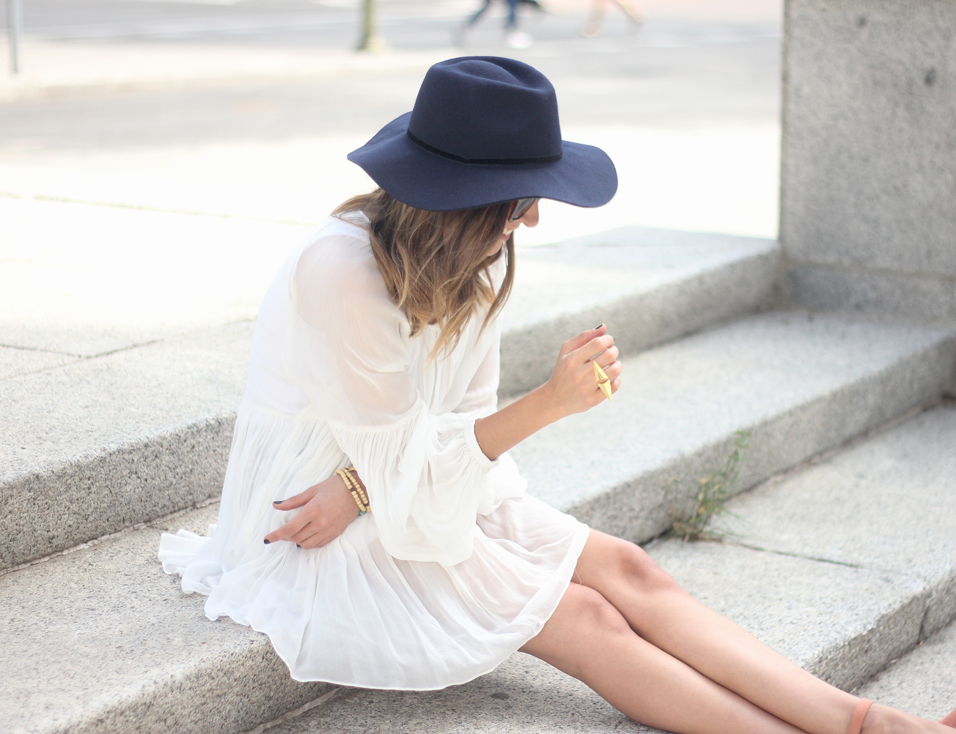 Blue Hat WHite Blouse Pink Pale Wedges Outfit21