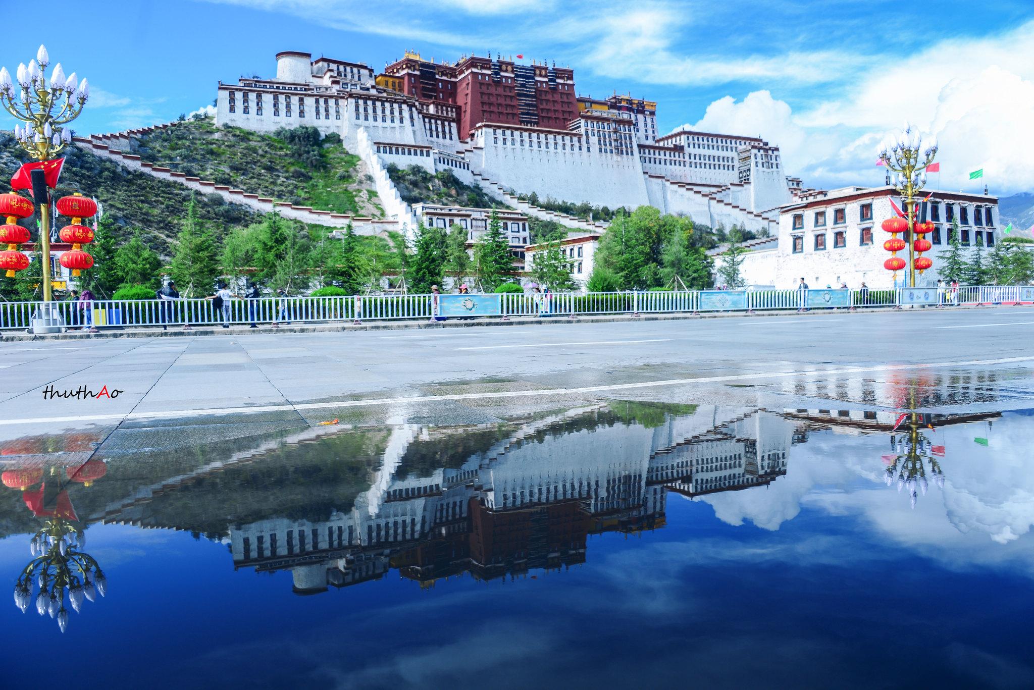 Một khung cảnh như trong tranh của Tây Tạng