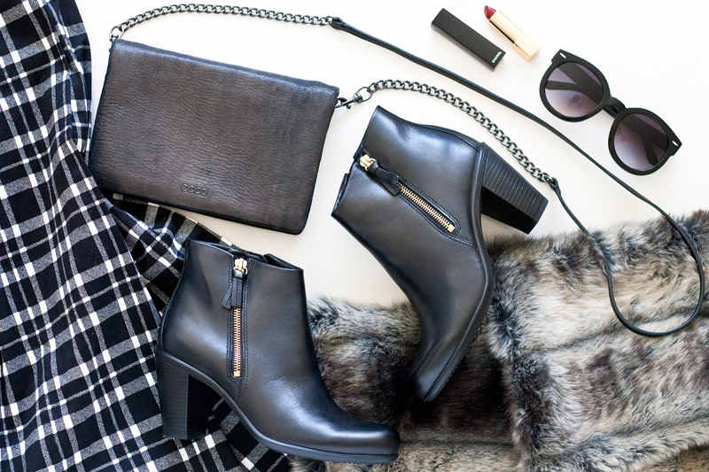 03-sf-fall-fur-plaid-tartan-booties-chanel-fashion-style