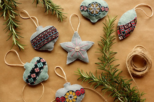 Found sewn handmade christmas decorations for Handmade things for decoration