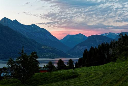 sunset sea mountain norway fjord geirangerfjord eidsal