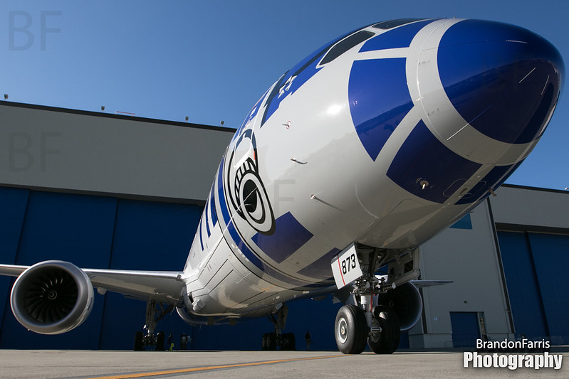 "JA873A ANA 787-9 ""R2-D2 Star Wars"""