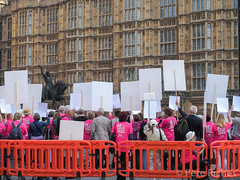 Dual Yes and No protest against Assisted Dying Bill - 16.01.2015 -9110043.jpg