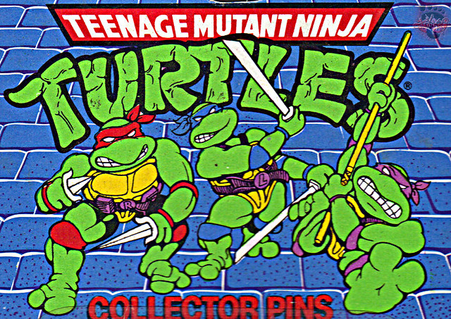 "ACE NOVELTY :: ""TEENAGE MUTANT NINJA TURTLES"" COLLECTOR PINS - No.3 'Shredder' // Card backer ii; TURTLE ART isolated (( 1989 ))"