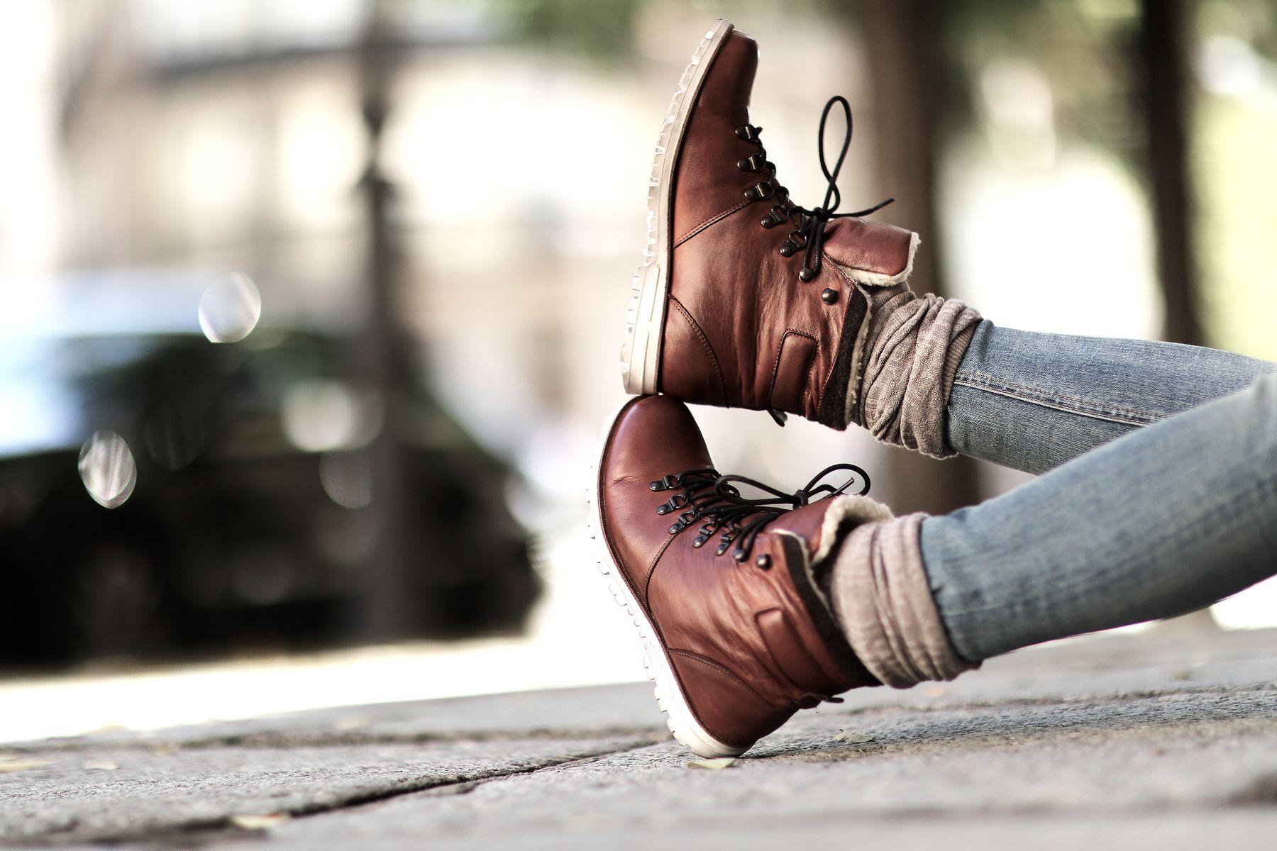trendy-taste-look-outfit-street-style-trekking-tendencia-botas-parka-camisa-cuadros-plaid-shirt-fall-otoño-6