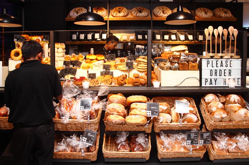 B.Read-Bread-Pastry