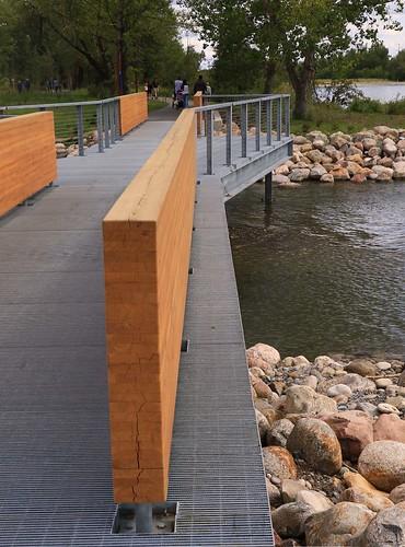 Wood Partition Bridge 7D2_0952