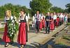 Ähnliche Prozession und Veranstaltung auf dem Sauerländer Friedhof.