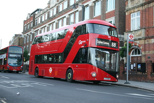 London General LT509 on Route 88, Clapham Common