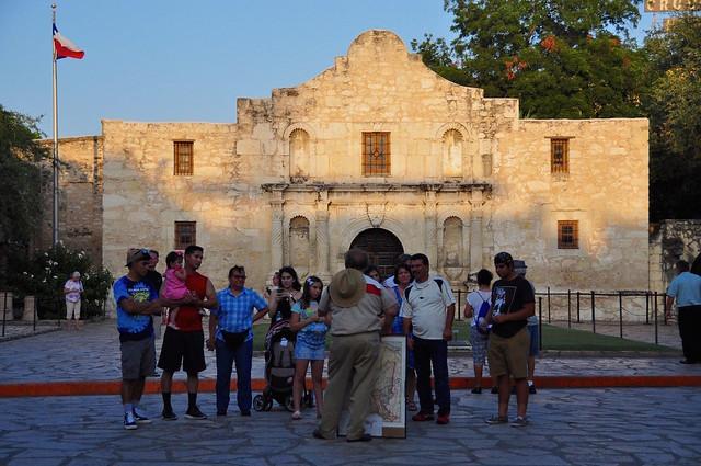Header of Alamo Mission in San Antonio