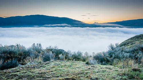 morning canada cold fog sunrise nikon bc britishcolumbia okanagan nikkor vernon dx turtlemountain vernonbc d5000 cropsensor 18105mmf3556gvr nikon18105mm nikond5000 nikon18105mmf3556dx