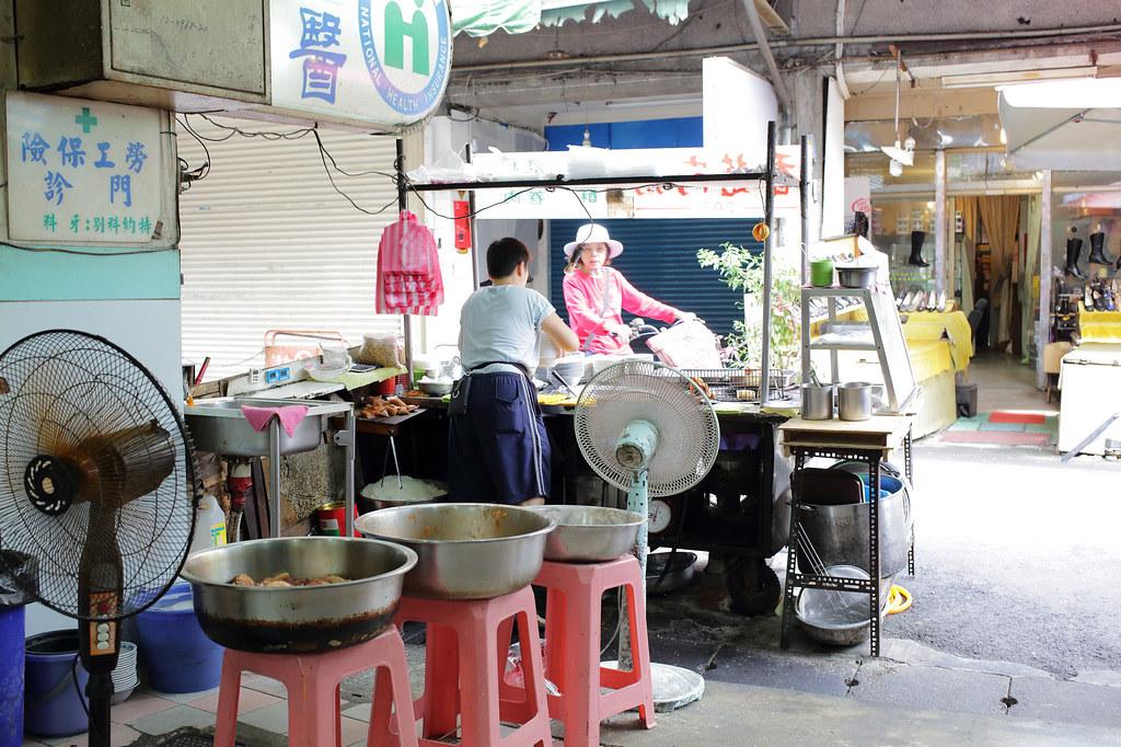 20151104板橋-天下牙醫前紅燒肉 (3)