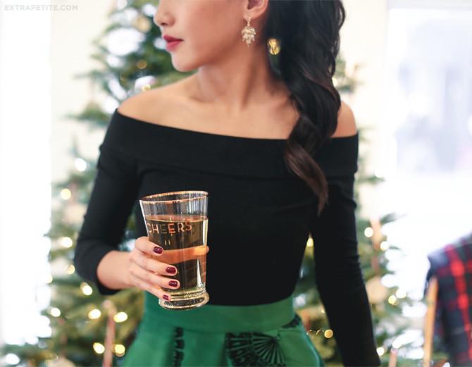 modcloth christmas presents cheers beer glass