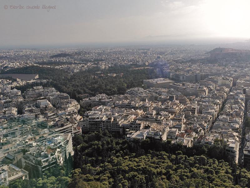 Vista panorámica de Atenas desde la Colina de Licabeto