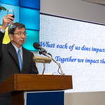 President Nakao hosts appreciation cocktail for staff