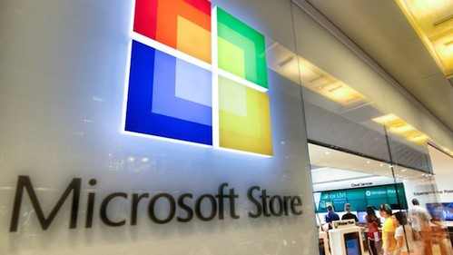Microsoft-May-Open-First-Store-in-NYC-Blocks-Away-From-Apple-640x360[1]