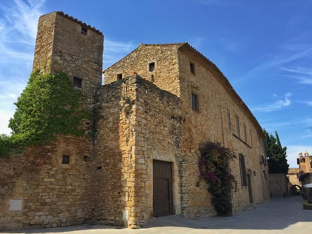 Peratallada, quizás el pueblo medieval más bonito no sólo de Costa Brava sino de Cataluña