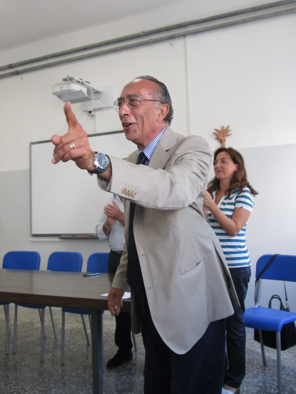 Rutigliano-Ferdinando Brienza, nuovo dirigente scolastico della Manzoni