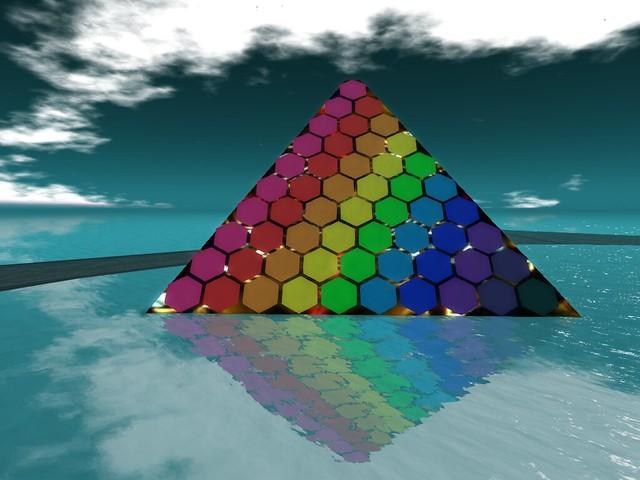 Lea20 - Echoed Rainbow Pyramid